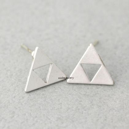 Tri Force Earrings in gold / silver..