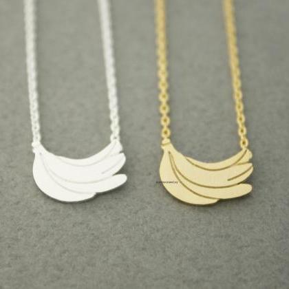 A bunch of Bananas pendant necklace..