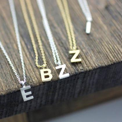 Initial Pendant Necklace A-Z / choo..