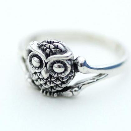 925 Sterling Silver Owl Ring, R0221..