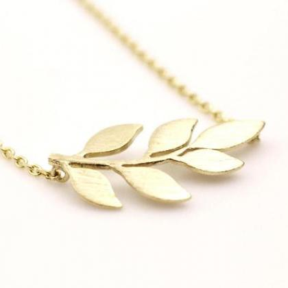 Siadeways Bay Leaf pendant necklace..