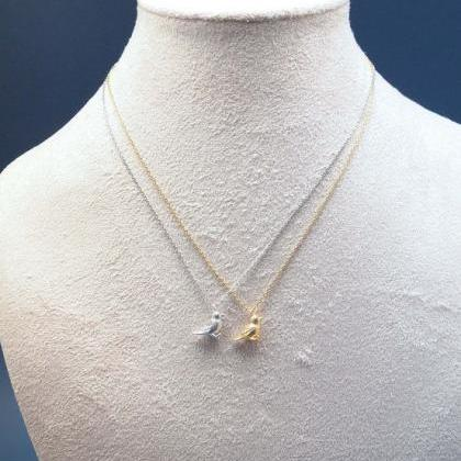 Little Sparrow Necklace in gold /si..