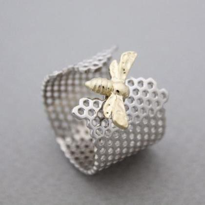 925 Sterling Silver Beautiful Honey..