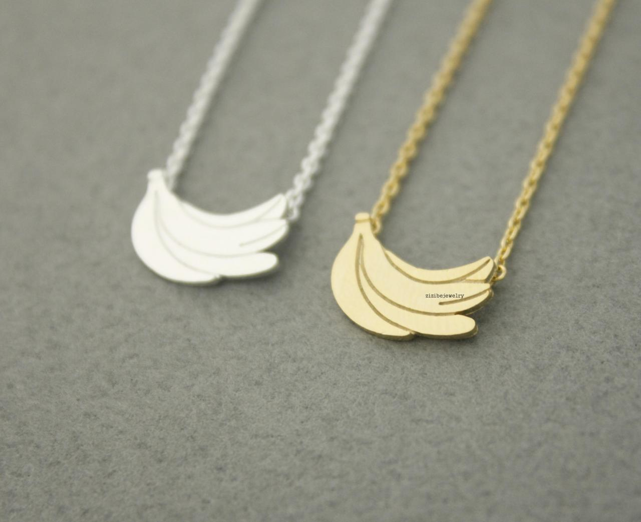 A bunch of Bananas pendant necklaces in gold / silver, N0609G