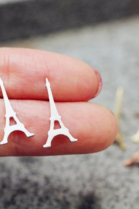 Eiffel Tower studs earrings in 2 colors