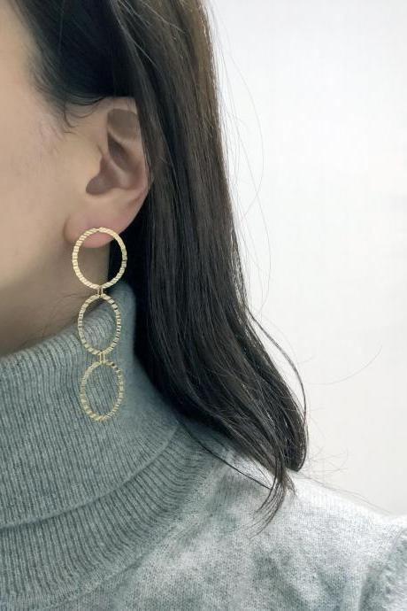 925 Sterling Silver connected circles drop earrings , Circle linked earrings,circle linked long earrings