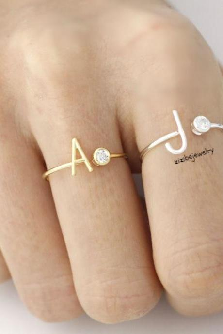 Initial and cubic adjustable ring A-Z / choose your color and initial, R0307G