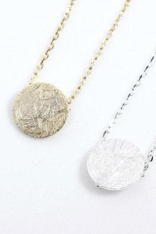 925 sterling silver Textured circle charm pendant necklace in gold / silver