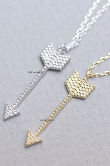 Piercing Arrow Pendant Necklace in Gold or Silver