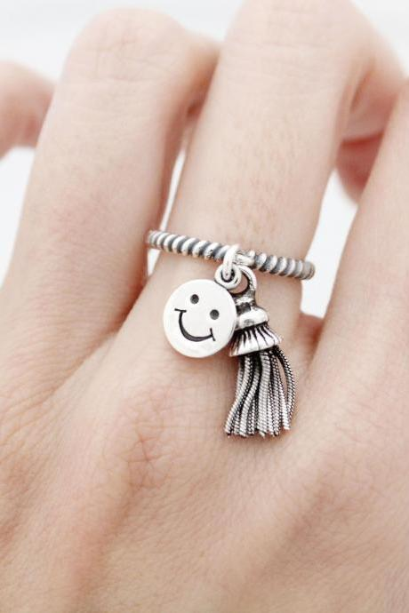 925 Sterling Silver Tassel and Smiley face pendant dangle Ring, R0935S
