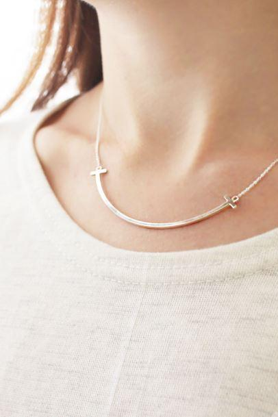 925 sterling silver Happy Smile Lip Line Necklace, Long curved bar necklace, Bar necklace,