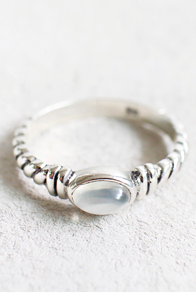 925 Sterling Silver Birthstone Moonstone Ring
