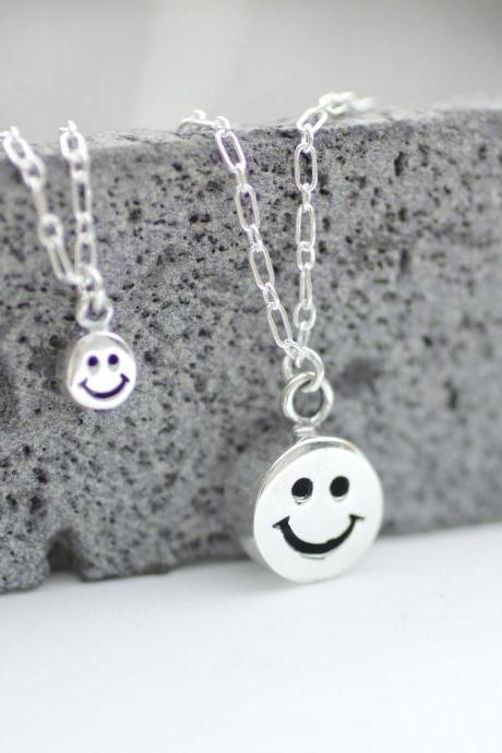 925 Sterling Silver Cute Smile Man charms necklace, smiley face pendant necklace