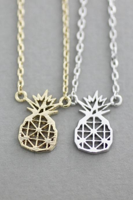 Pineapple Geometric Cutout Pendant Statement Necklace in Gold / Silver