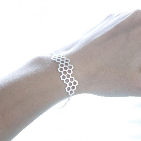 Beautiful Honeycomb Honey Bee Hexagon Geometric Bracelet in 2 colors, B0017G