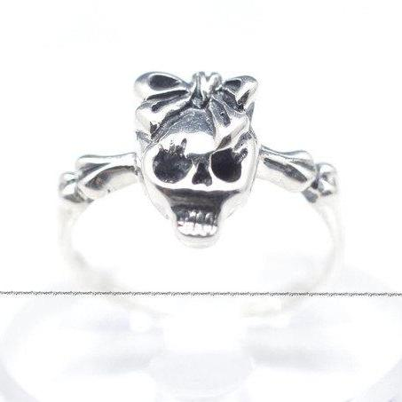 925 sterling silver skull with ribbon ring
