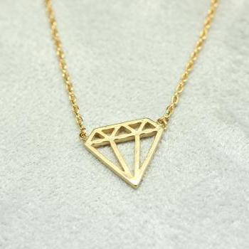 Cut-Out Diamond shape necklace in gold
